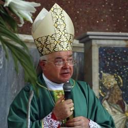 Ex nunzio Wesolowski, arrestato in Vaticano