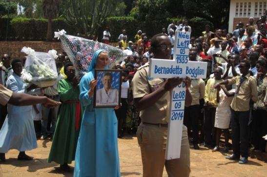 Il grazie dell'Africa alle suore uccise2