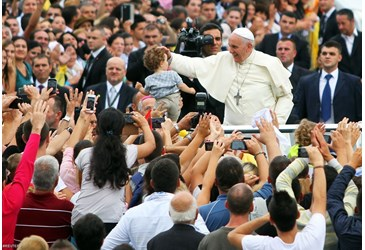 Papa Francesco in Albania - 4