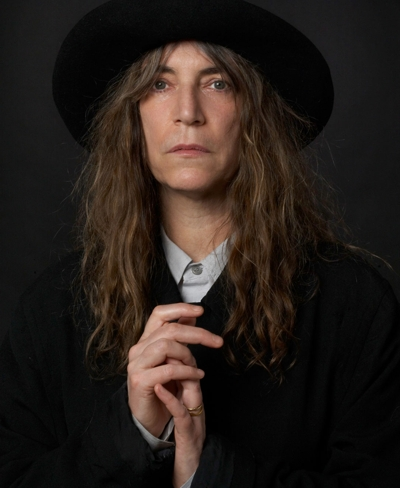 "A cantora ""punk rock"" Patti Smith"