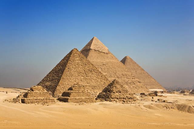 4 la-grande-piramide-di-giza