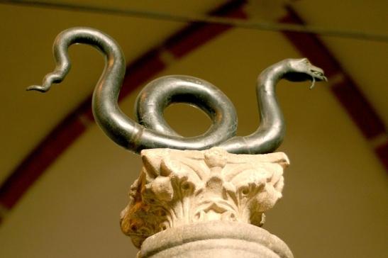 47 Cappella Sistina Serpente (detto) di Basilio II (1007) Basilica di Sant'Ambrogio Milano.