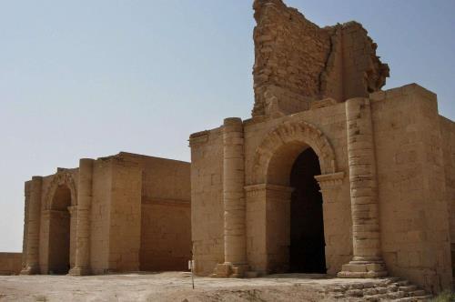 Iraq, devastata l'antica città di Hatra.