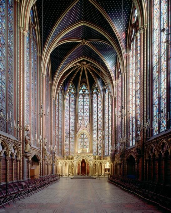 L'uomo della sindone 4 - La Sainte-Chapelle a Parigi, fatta costruire tra il 1246 e il 1248 da Luigi IX per custodire le