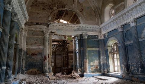 2. L'église de Kazan Theotokos en Russie