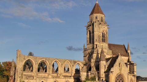 3. L'église de St-Étienne-le-Vieux à Caen