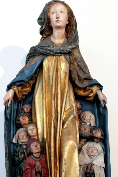 7.2 Ravenburger Schutzmantelmadonna, Michael Erhart , 1480, Scultura in legno di tiglio, Bode-Museo, ex Kaiser Friedrich Museum