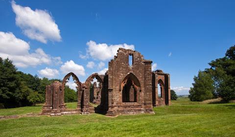 7. L'église collégiale de Lincluden, en Écosse
