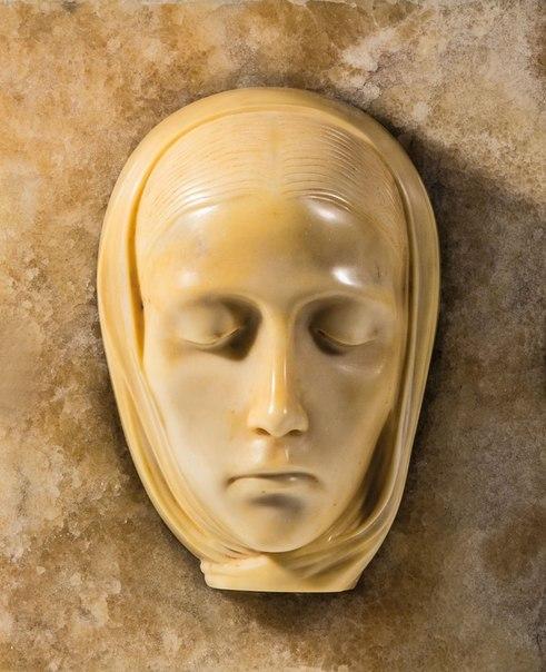 Adolfo Wildt, Vergine