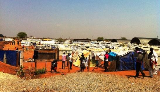 Deslocados na Base da ONU em Juba - Março 2014