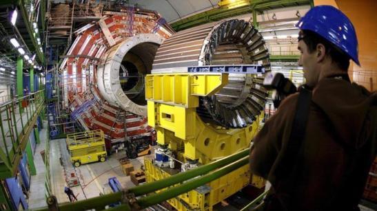 L'acceleratore di particelle del Cern, il più grande al mondo