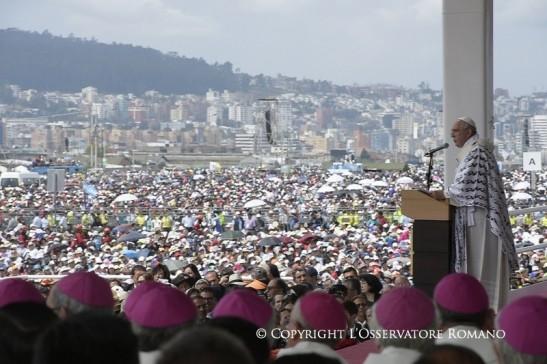 06-07-20105 Viaggio Apostolico in Bolivia, Ecuador e Paraguay 23 - 61