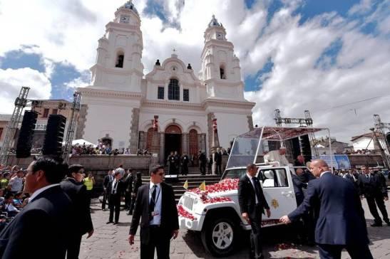"""santuario mariano di """"El Quinche"""","""