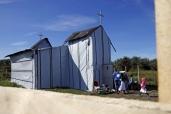 """Calais, la chiesa dei """"disperati"""" dell'Eurotunnel 6"""