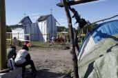 """Calais, la chiesa dei """"disperati"""" dell'Eurotunnel 9"""