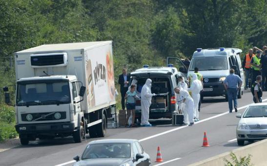 decine-di-migranti-morti-in-un-tir-in-Austria-2
