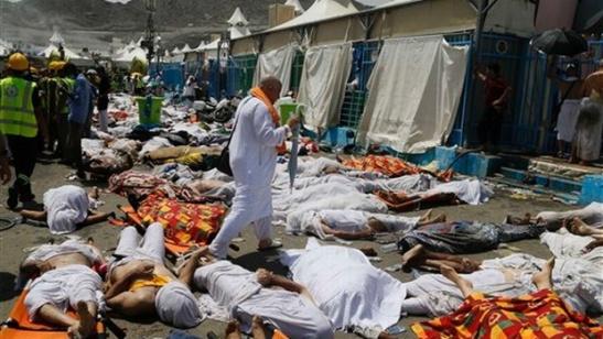 Alla Mecca 717 uccisi dalla ressa1