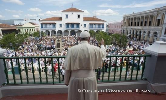 Encuentro con las familias en la Catedral de Santiago de Cuba4