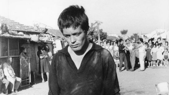 Franco Citti nel film Accattone di Pasolini del 1961