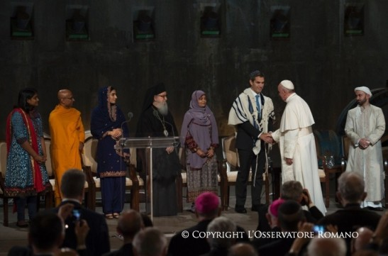 interreligious encounter at the Ground Zero memorial in New York3