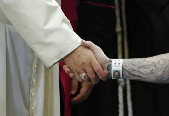 Un Papa que «sorprende» con el Evangelio