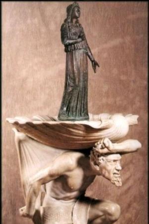 78. Acquasantiera in marmo con statuetta in bronzo. Chiesa di Santa Lucia in Piave (Tr) 1928
