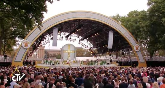 Santa Messa conclusiva dell'VIII Incontro Mondiale delle Famiglie1
