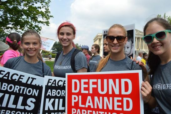 Student_organized_Women_Betrayed_7_rally_against_Planned_Parenthood_at_US_Capitol_in_Washington_DC_on_July_28_2015_Credit_Addie_Mena_CNA_7_29_15