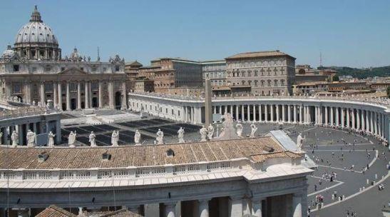 Estados Unidos pede que seus cidadãos evitem visitar o Vaticano devido a um possível ataque.