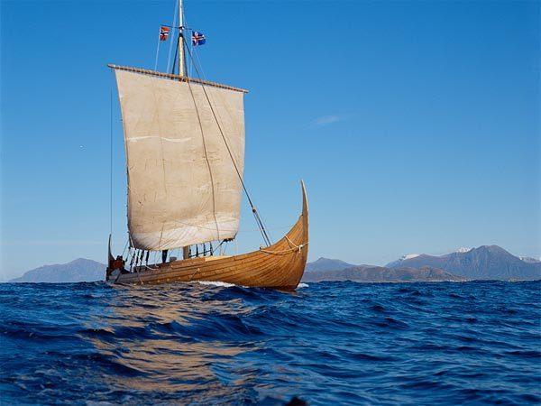 25.  Il monaco e la nave
