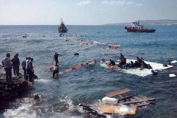 Tragica commemorazione dell'anniversario del peggior naufragio del Mediterraneo con 800 profughi morti