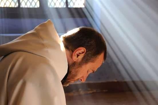 31. Sciupiamo la nostra vita di preghiera se stiamo di continuo a esaminarla e a ricercarne i frutti
