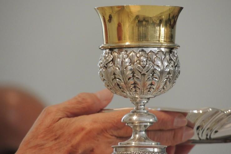 Liturgie, pas de changement au Missel romain.jpg