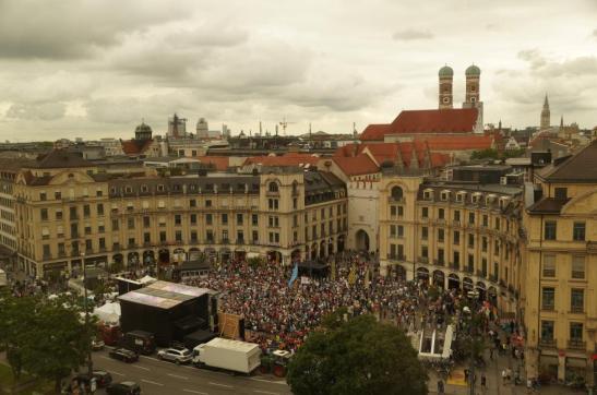 Manifestação pública do Congresso Juntos pela Europa, em Munique
