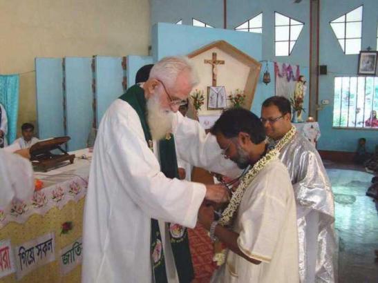 Missionari in Bangladesh.jpg