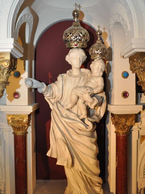 Notre Dame du Laus8