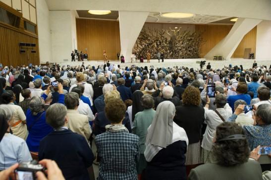 12 mai 2016. le pape François rencontre les responsables de l'UISG