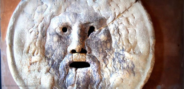 Mascherone detto Bocca della verità, pronao di santa Maria in Cosmedin, Roma.jpg