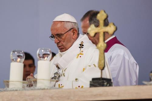 papa-in-georgia-abbraccio-agli-ortodossi