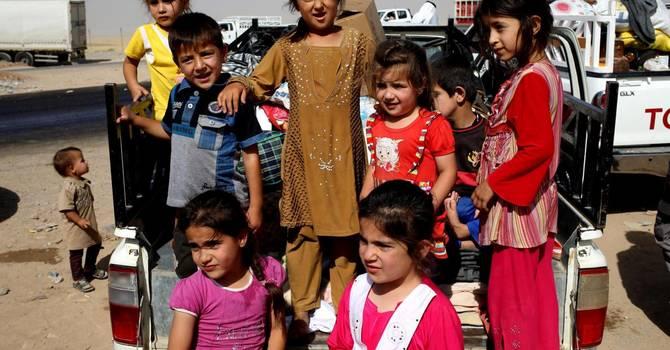 Iraq, migliaia in fuga dalle violenze verso il Kurdistan