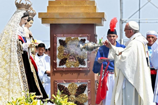 Il Papa in Cile (3): non c'è gioia cristiana quando si chiudono le porte
