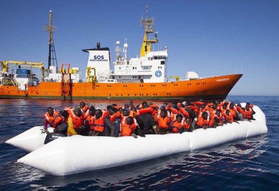 minutenews.fr-malte-et-litalie-refusent-daccueillir-laquarius-un-navire-de-long-francaise-sos-mediterranee-avec-629-migrants-a-son-bord-2018-06-11
