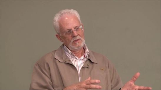 Entrevista com o padre Paulo Sérgio Bezerra