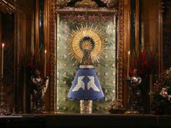 Virgen del Pilar di Saragozza1