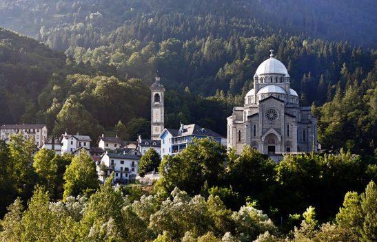 santuario-di-re-val-vigezzo-madonna-del-snague-1024x660