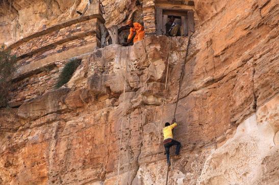 rope-climb-at-debre-damo-monastery-aidan-moran