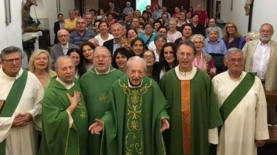 Probo Vaccarini, con sus hijos y familia