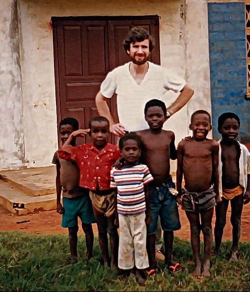 Numa capela de Liati, VR, Ghana, 1987