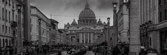 12-09-2019-vaticano-noite-dark_robertofaccenda_flickr