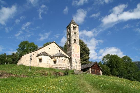La chiesa romanica di San Carlo di Negrentino